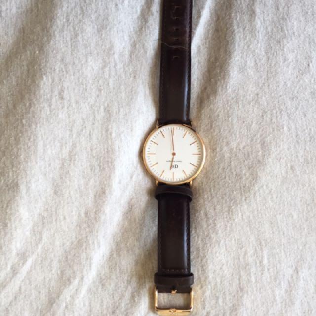 REDUCED Daniel Wellington 36mm Men's Watch