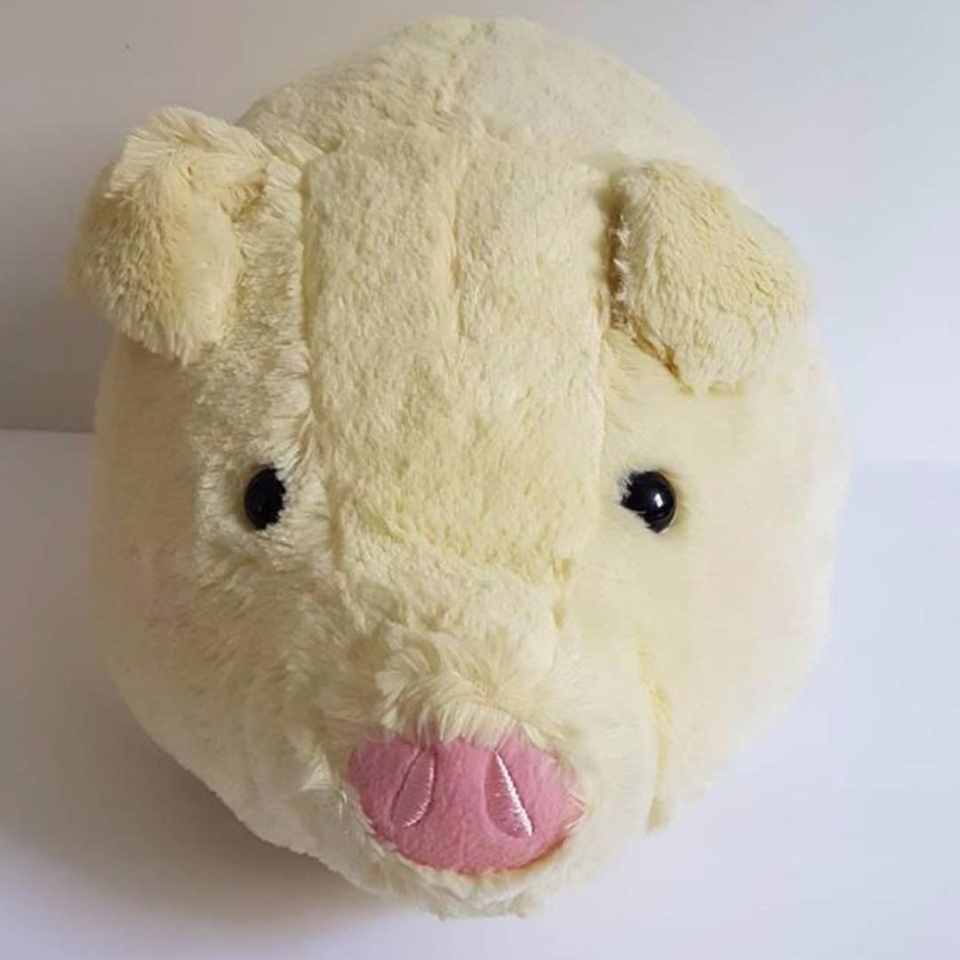 Fluffy Pig