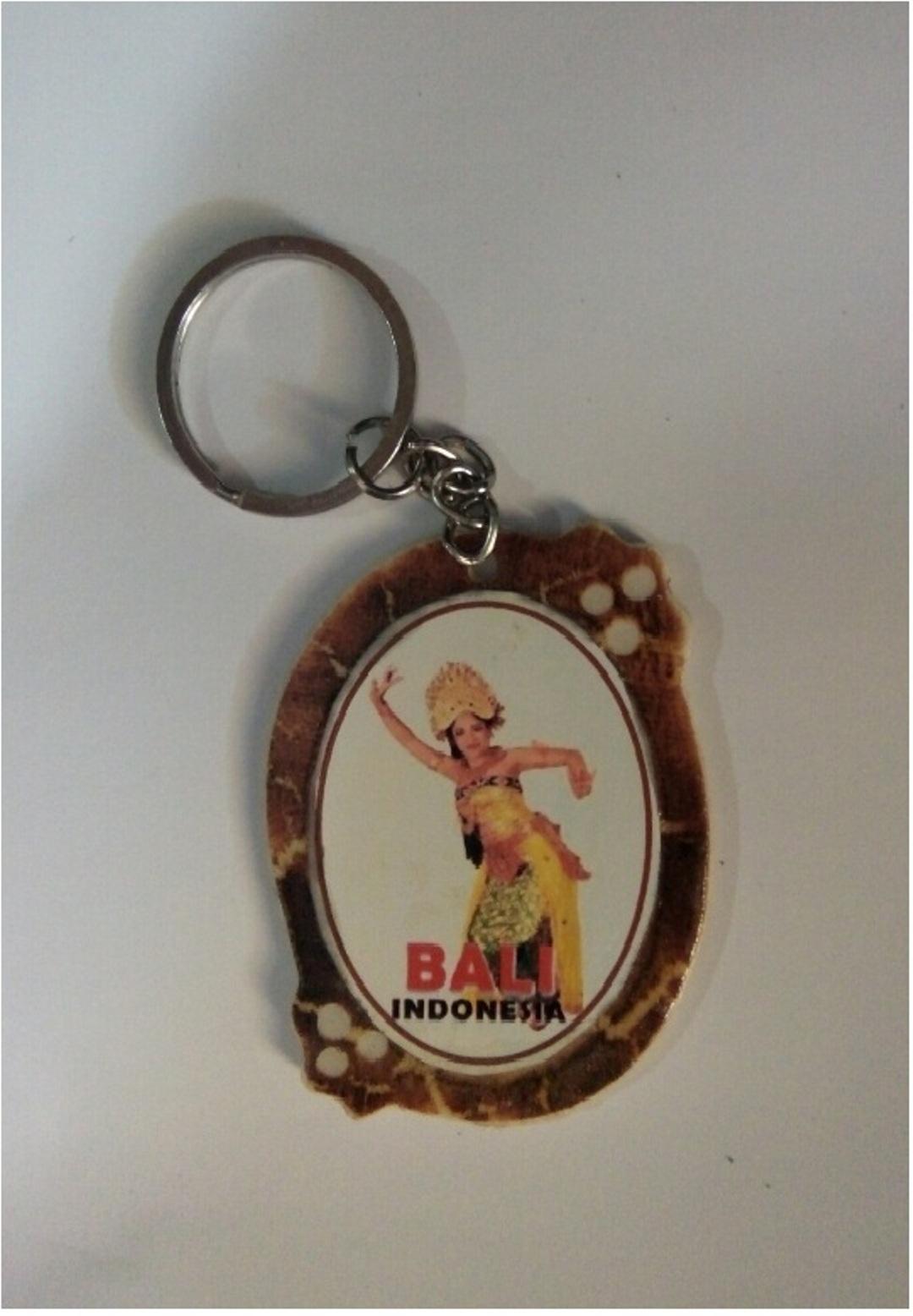 Gantungan Kunci Paralon Bakar Bali Menari, Design & Craft, Handmade Goods & Accessories on Carousell