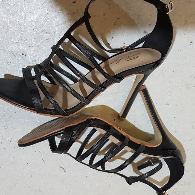 REPRICED: Gladiator Heels Black Size 7