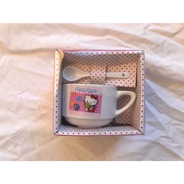 Hello Kitty Cup Set