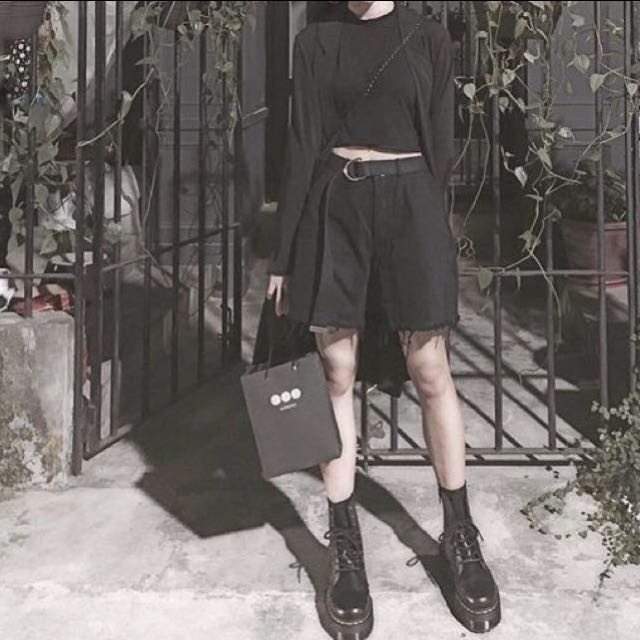 Ma Cherie Cherie 1f2f 韓國 抽鬚不收邊黑色短褲