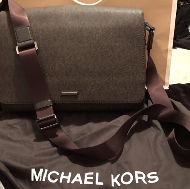 Michael Kors Men's Messenger Bag (New and never used)