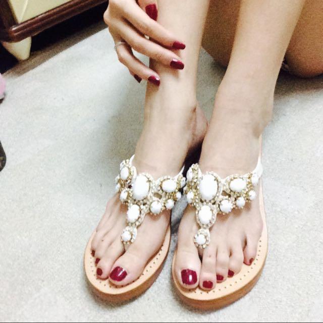 Mystique 孫芸芸 寶石鑽石高跟木質手工夾腳厚底涼鞋