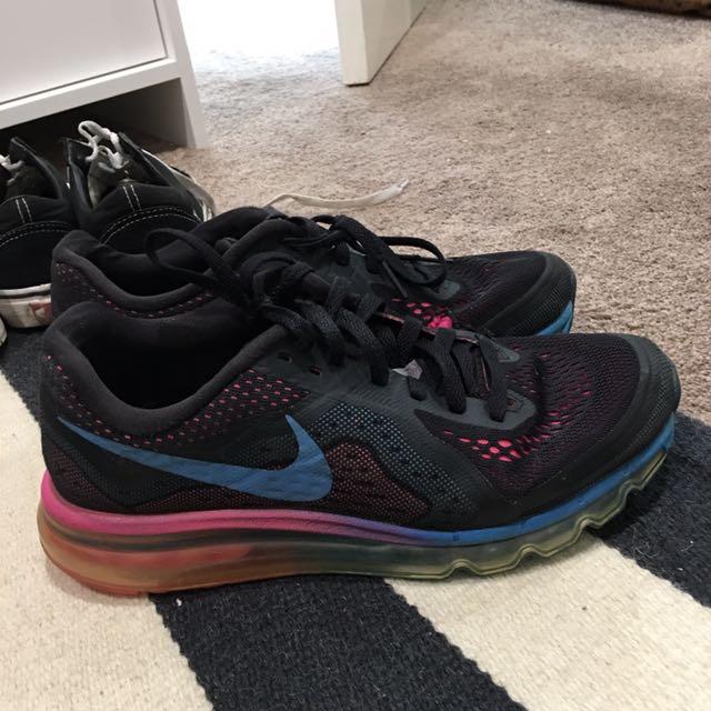 Nike Airmaxs Size 9