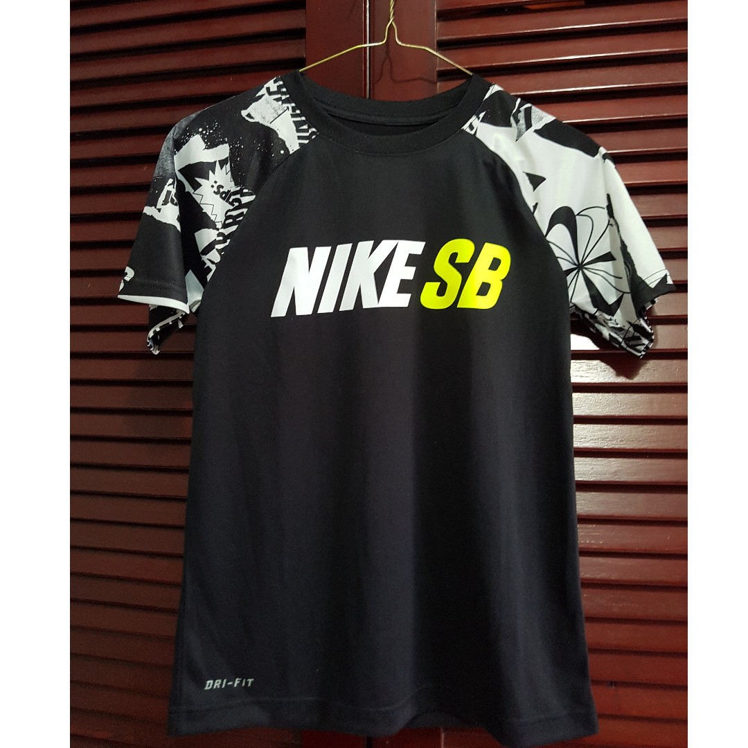 Nike SkateBoarding Shirt