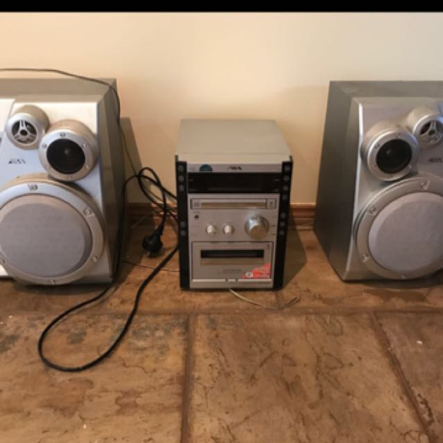 Stereo System With All Parts