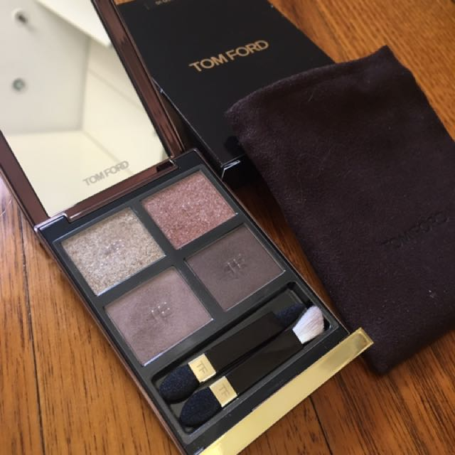 TOM FORD Eye Colour Quad in 01 Golden Mink Makeup Cosmetics Eye Shadow Palette eyeshadow