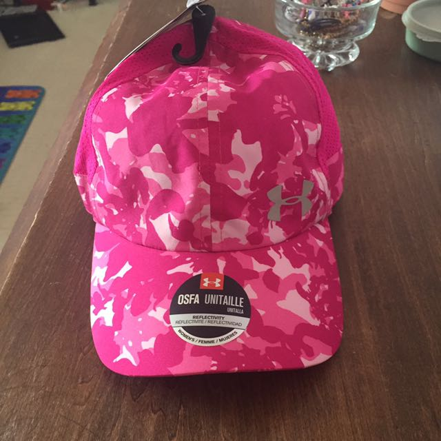 UNDER ARMOUR BRAND NEW TAGS ATTACHED SPORT HAT
