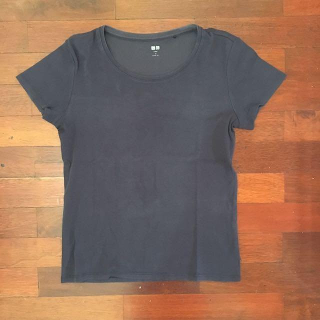Uniqlo Cotton Supima T-Shirt Tee Navy Blue (biru tua)