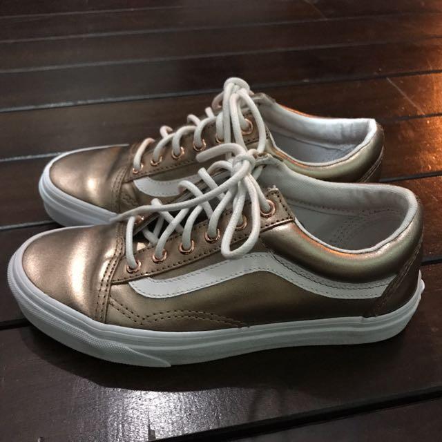 a843c86830 Vans Exclusive Rose Gold Metallic Old Skool Trainers