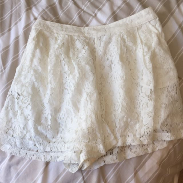 White Hollister Mini Shorts Tags Attached