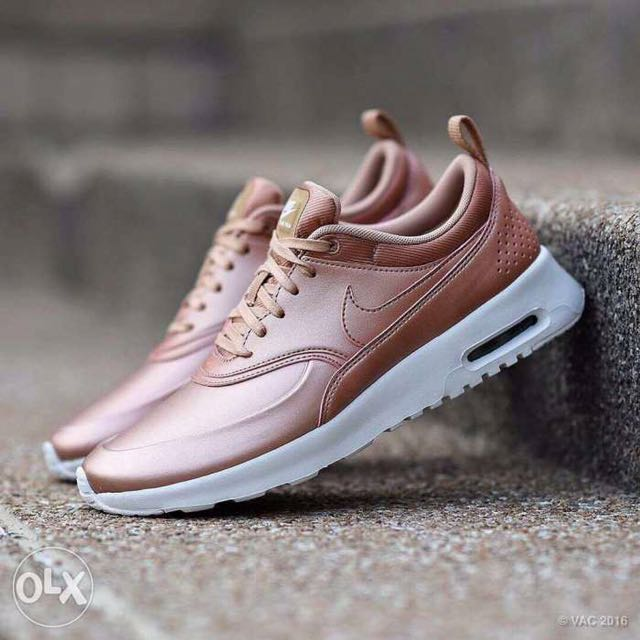 wtt wts nike airmax thea rose gold women 39 s fashion shoes. Black Bedroom Furniture Sets. Home Design Ideas