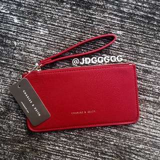 Charles & Keith Wristlet (MAROON/RED)