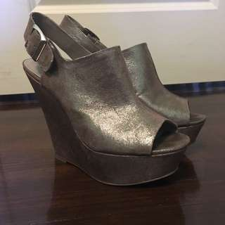Steve Madden 6-inch wedges size 8.5