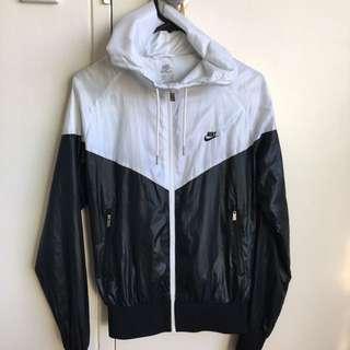 Nike Sportswear/ Windrunner