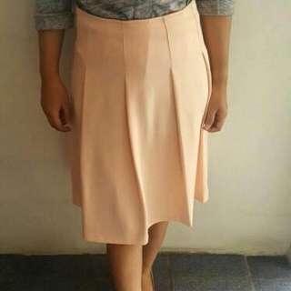 Preloved Skirt Warna Creme