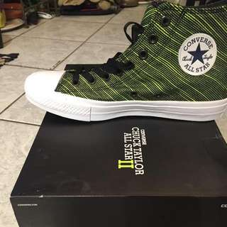**PRICE REDUCED** Authentic Converse Chuck Taylor