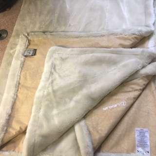Kanata Lexus Blanket