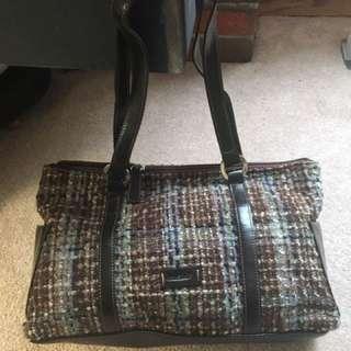 Naturalizer Women's brown and black shoulder bag