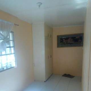 Rent Room Near Doña Manuela Sub. 1month Deposit 1month Advance .. With Own Submeter.. Malapt Lang Rfc Sm Center .. Pwed Kpa Mag Lgay Aircon ... LADIES ONLY