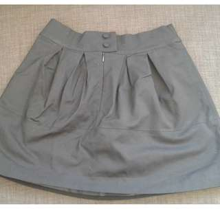 BLACK skirt, sorry it looks grey but is black in person, mini
