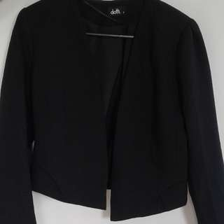 Black Blazer, mid cut, smart and no damage