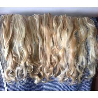 "24"" Blonde 2 tone, Soft beach waves, 260g clip in Hair Extensions"