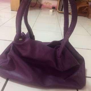 Shoulder Bag Ungu