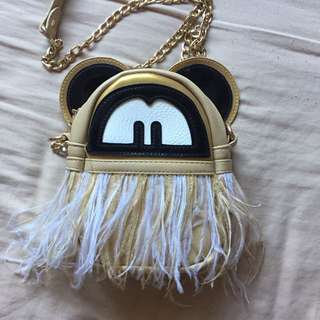 nude goldchain strap bag