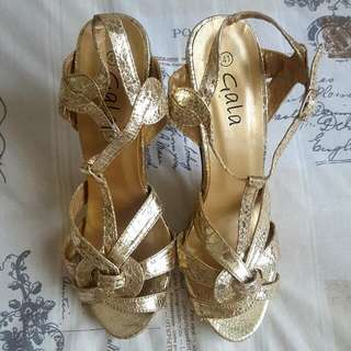 Gold Snake Skin Look Strappy Sandals Heels Size 10 / 41