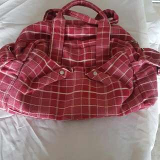 Travel bag ( Hurry! Offers is accepted)