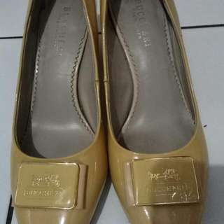 Bucheri Shoes