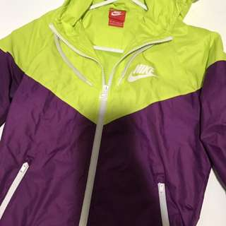 Nike Jacket xS