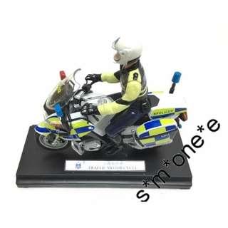 香港警察 全新正版 welly BMW 1:18 交通警電單車 交通警員車模型 HK Police Passing Out gift 禮物