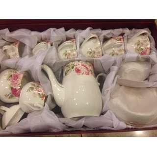 Bone China Teapot Set