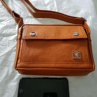 BN Porter BROWN sling Bag