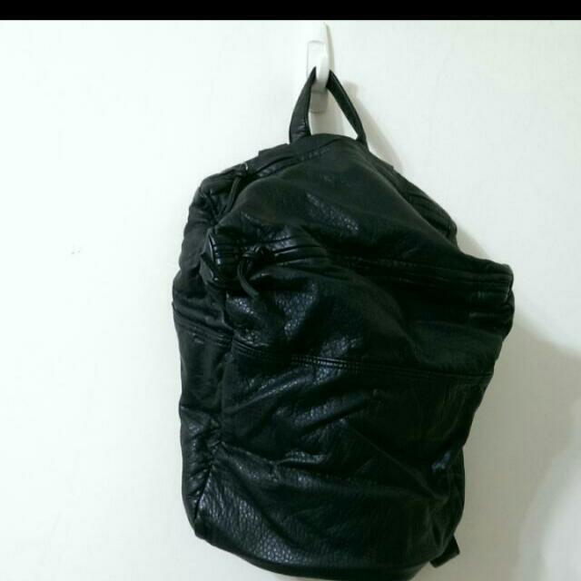 軟皮後背包
