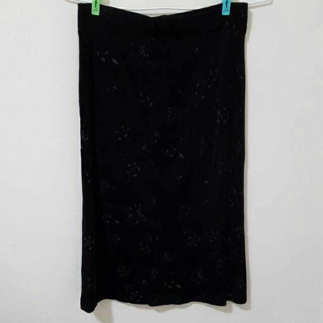 鬆緊帶的A字裙子