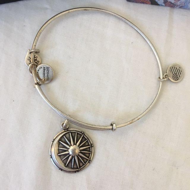 Alex and Ani Cosmic Balance Bracelet