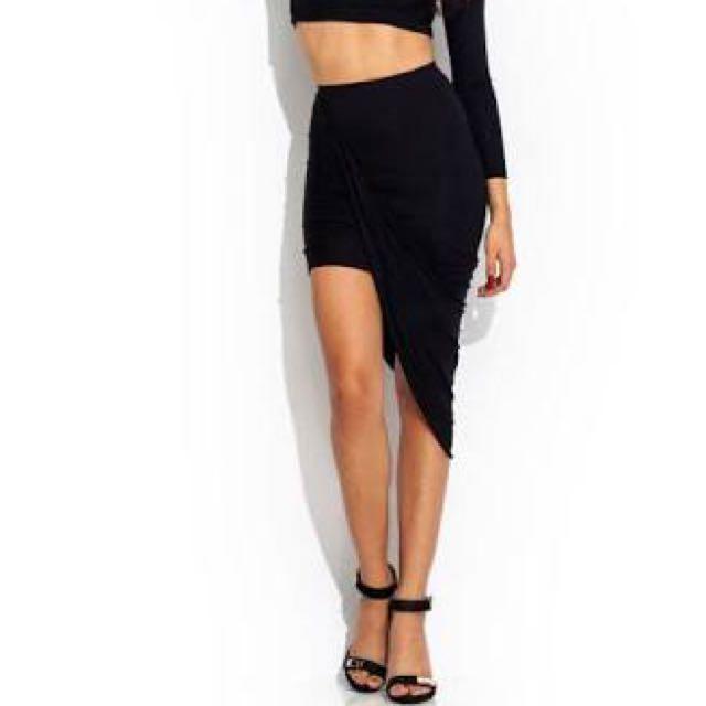 Asymmetric/drape Skirt Size6-8