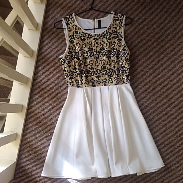 Black And Gold Sequins Formal Dress