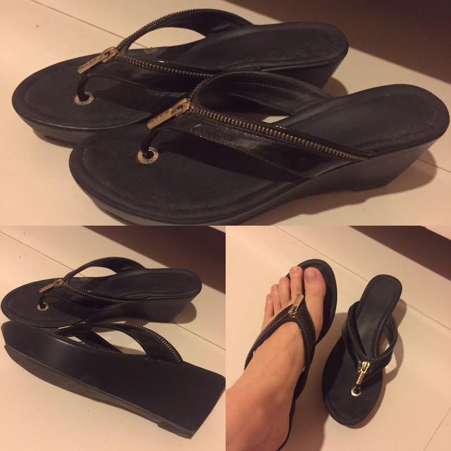 Black Sandals Merk VNC