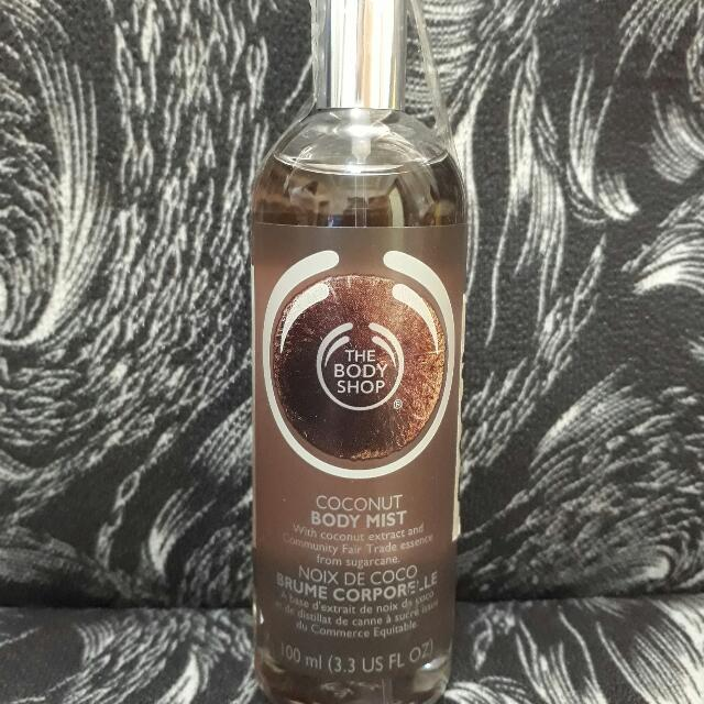 Body Shop Body Mist (Coconut)