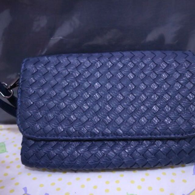 Bottega Venetta Look ALike Sling Bag