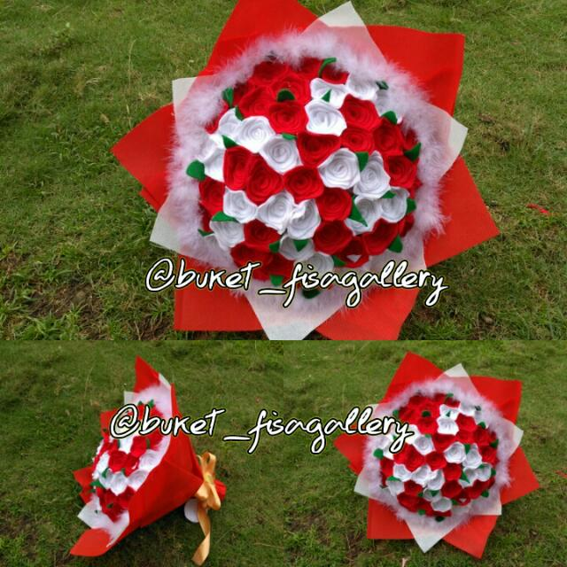 Bunga Bucket Flanel Merah Putih