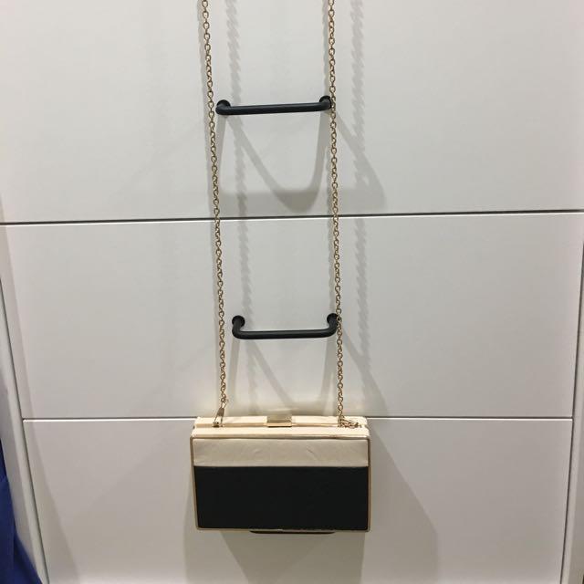 Chain Cross Body Bag
