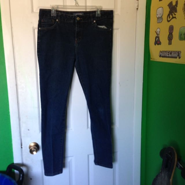 Dark Blue Jeans With Real Pockets