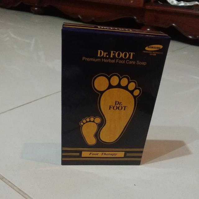 Dr.FOOT  Foot Therapy Premium Herbal Foot Care Soap