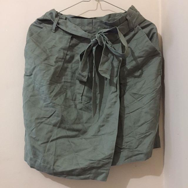 Forever 21 Bow Skirt
